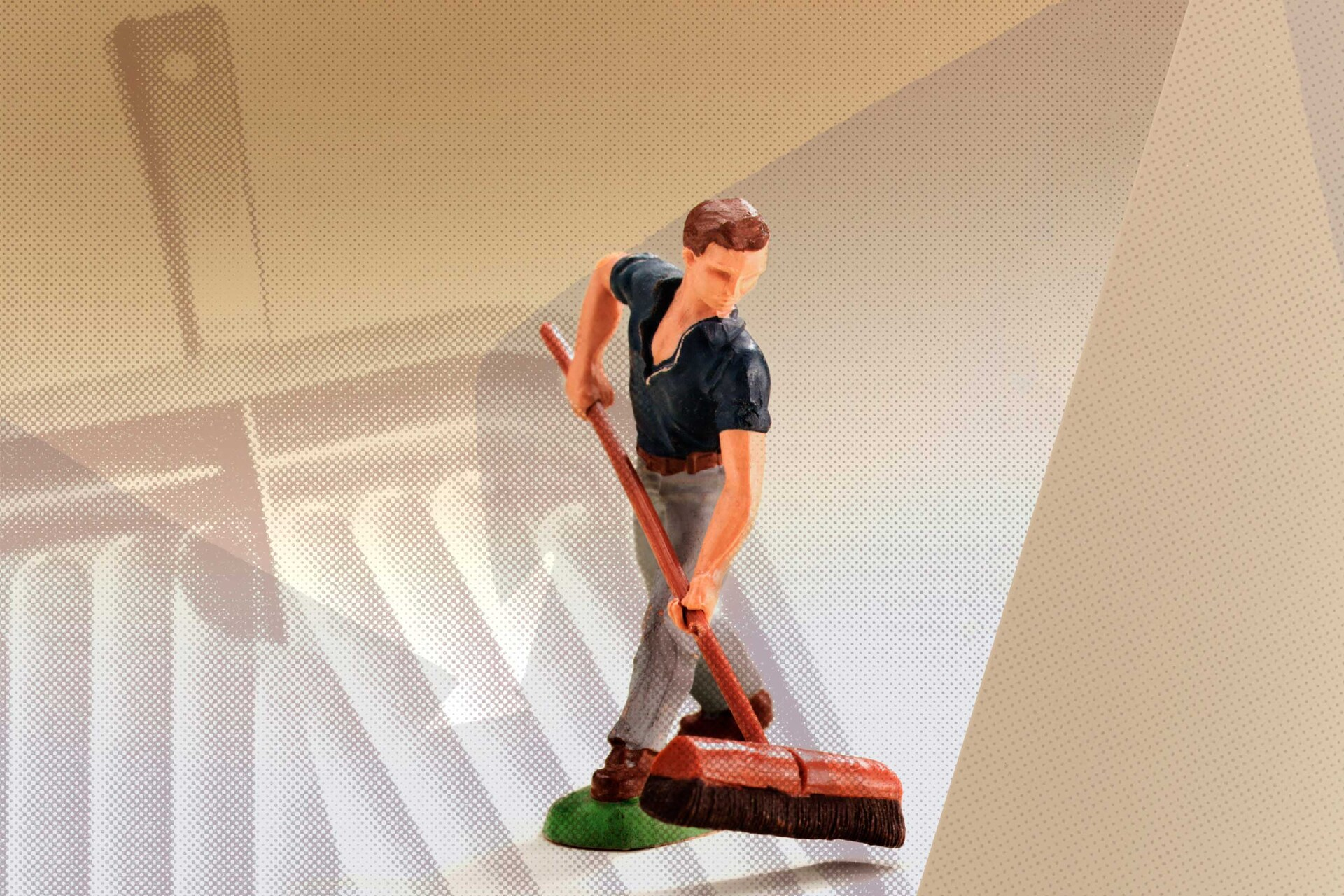 Manual handling risk assessments - training for cleaners